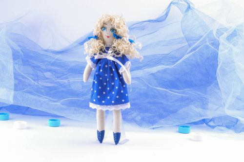 Little curly doll - MADEheart.com