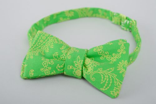 Unisex green fabric bow tie - MADEheart.com