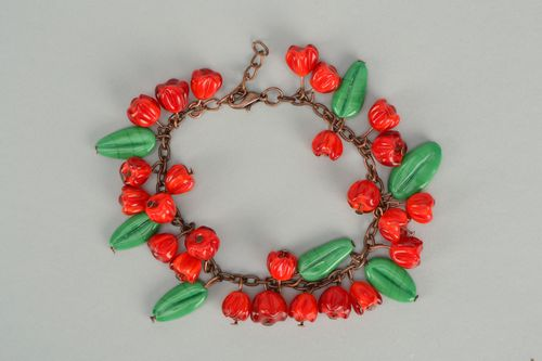 Handmade bright bracelet with red lampwork glass beads - MADEheart.com