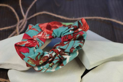 Handmade fabric decorative hair band in blue and red color combination - MADEheart.com