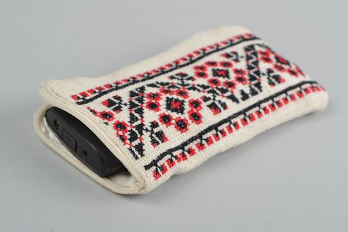 Handmade fabric phone case with cross stitch embroidery black and red - MADEheart.com