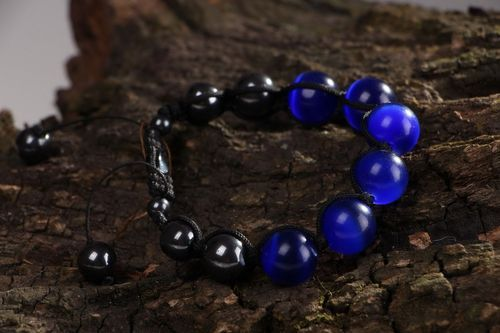 Bracelet with cats eye stone and hematite - MADEheart.com