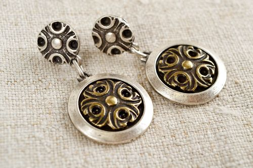 Unusual handmade metal earrings ideas costume jewelry designs gifts for her - MADEheart.com