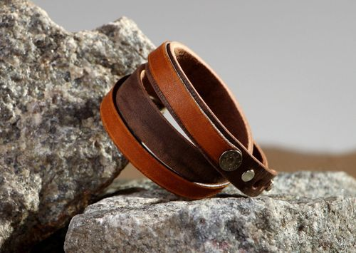 Thin leather bracelet in 2 turns - MADEheart.com