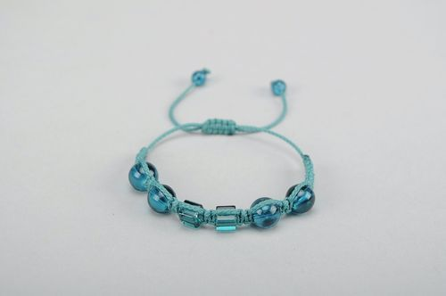 Bracelet Made of Glass Emerald - MADEheart.com