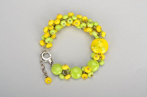 Yellow and green bracelet - MADEheart.com