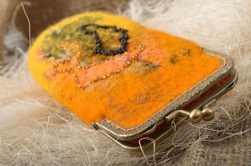 Handmade orange designer sunglasses case felted of wool with fermail and beads - MADEheart.com