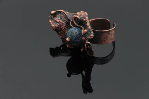 Handmade designer massive adjustable copper ring with natural lazuli stone  - MADEheart.com