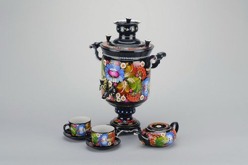 Flame samovar on firewood and coal - MADEheart.com