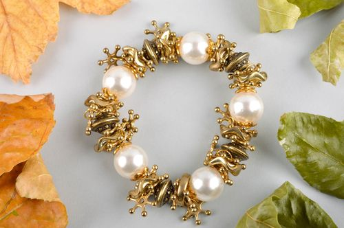 Handmade accessories bracelet with white beads design jewelry women jewelry  - MADEheart.com