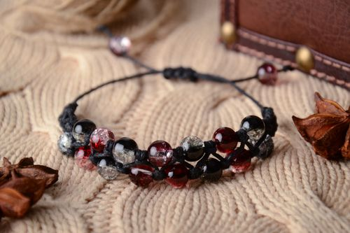 Bracelet with waxed cord and glass beads - MADEheart.com
