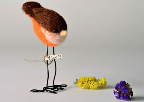 Decorative wool toy Sparrow - MADEheart.com