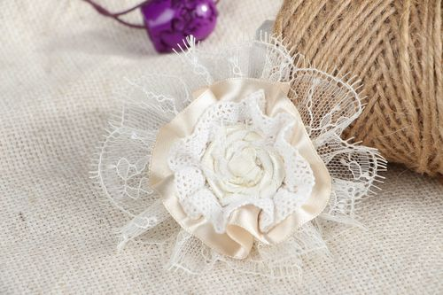 Brooch-barrette made of lace - MADEheart.com