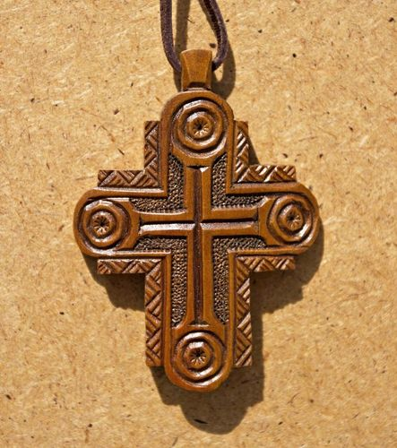 Classic carved wooden cross - MADEheart.com
