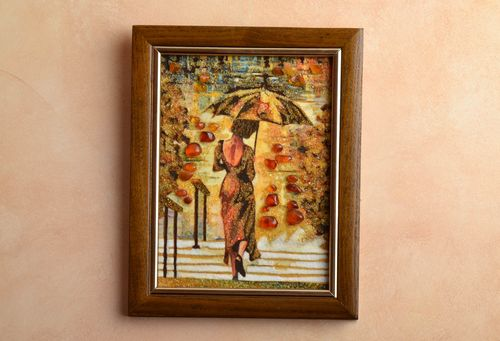 Amber decorated picture Lady with Umbrella - MADEheart.com