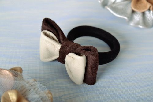 Scrunchy made of genuine leather - MADEheart.com