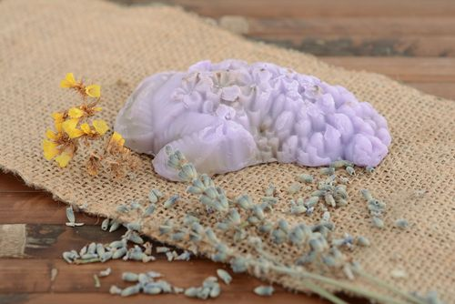 Homemade soap with lilac flowers - MADEheart.com