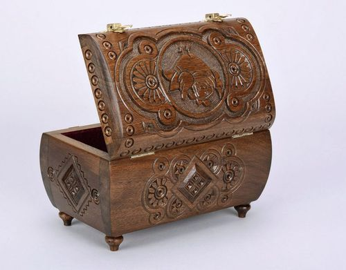 Exclusive wooden box - MADEheart.com