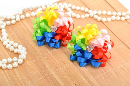 Beautiful handmade childrens hair scrunchie hair tie accessories for girls - MADEheart.com