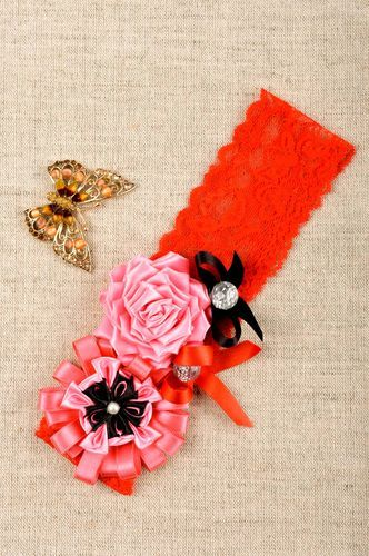 Stylish handmade flower headband kids fashion designer hair accessories - MADEheart.com