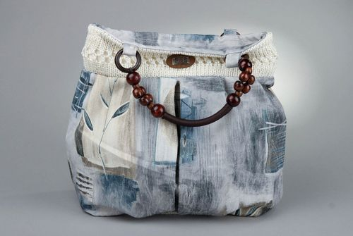 Bag with knitted top and bottom - MADEheart.com