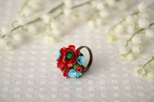 Handmade ring with blue and red polymer clay flowers and metal basis of 18 mm size - MADEheart.com
