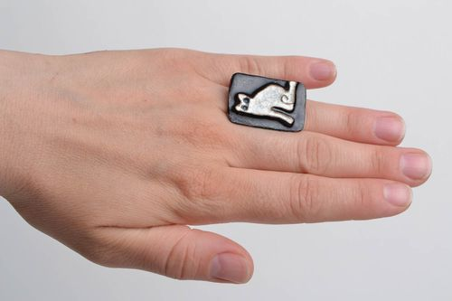Handmade rectangular copper jewelry ring painted with enamel with white cat - MADEheart.com
