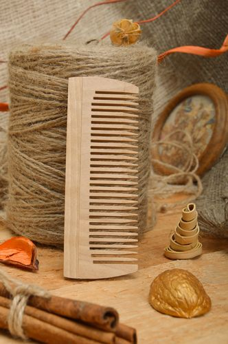 Wooden natural organic hair comb hand made for care - MADEheart.com