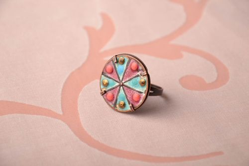 Multi-colored round copper ring - MADEheart.com