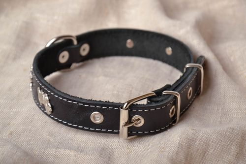 Black dog collar with rivets - MADEheart.com