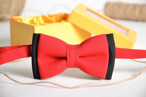 Black and red bow tie - MADEheart.com
