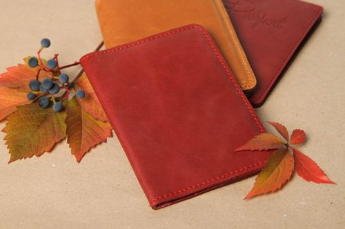 Red handmade leather wallet elegant wallet designer accessories for girls - MADEheart.com