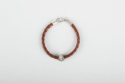 Childrens handmade leather bracelet fashion trends artisan jewelry designs - MADEheart.com