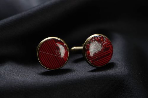 Cyberpunk cufflinks with microchip - MADEheart.com