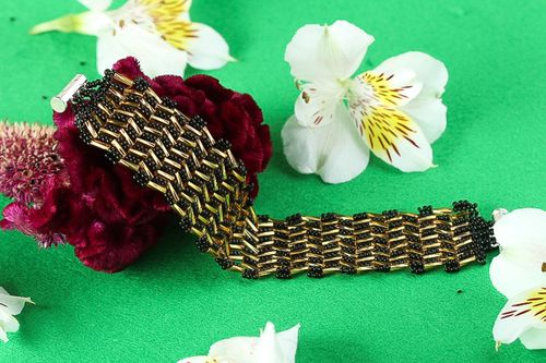 Unusual handmade wrist bracelet beaded bracelet designs beadwork ideas - MADEheart.com