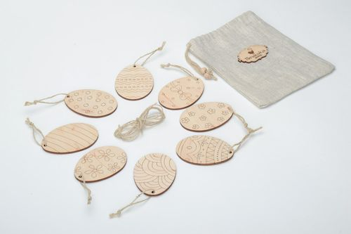Set of plywood blank eggs in sack bag 8 items - MADEheart.com