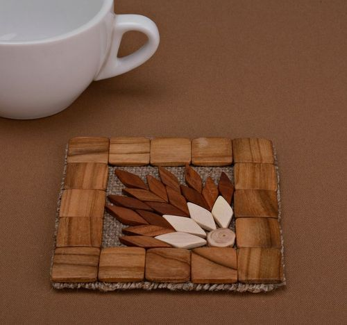 Coaster for hot dishes - MADEheart.com