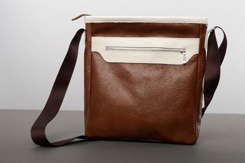 Brown leather bag - MADEheart.com