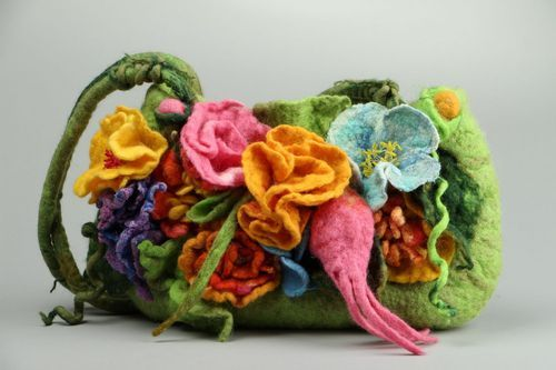 Bag made of felted wool Flower meadow - MADEheart.com