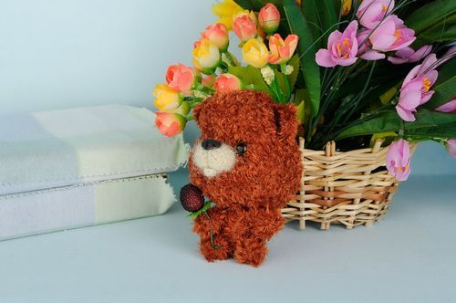 Knitted toy Mishutka - MADEheart.com