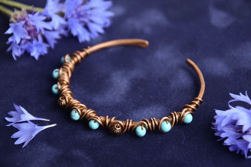 Thin handmade designer wire wrap copper wrist bracelet with turquoise beads - MADEheart.com