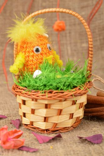 Crocheted Easter acrylic chick toy in the basket for home decor and children - MADEheart.com
