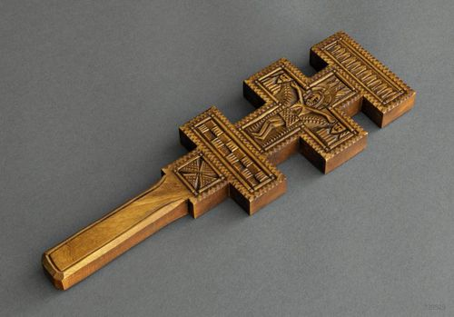Wall wooden cross - MADEheart.com