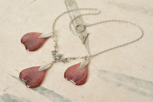 Nice botanical necklace with real flower petals and epoxy coating pink on chain - MADEheart.com