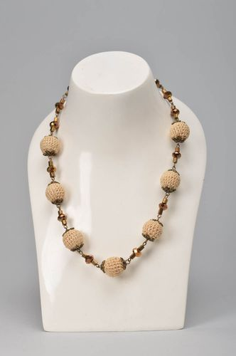 Handmade jewelry bead necklace designer accessories best gifts for women - MADEheart.com