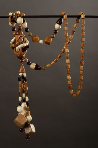 Long wooden beaded necklace - MADEheart.com