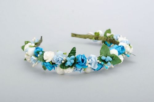 Headband with white and blue flowers - MADEheart.com
