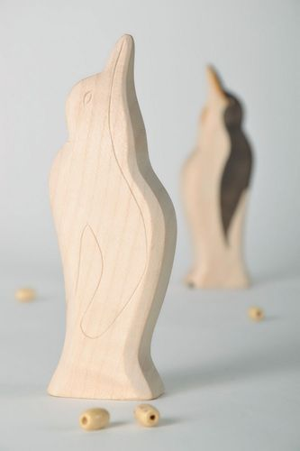 Statuette cut from wood Penguin - MADEheart.com