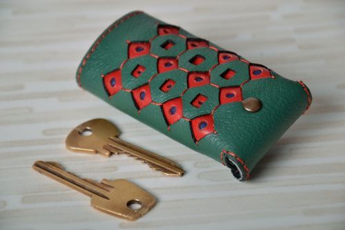 Key holder made from genuine leather - MADEheart.com