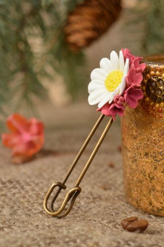 Beautiful elegant brooch pin with chamomile flowers handmade clay accessory - MADEheart.com